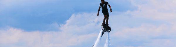 Vous êtes un professionnel du flyboard ?
