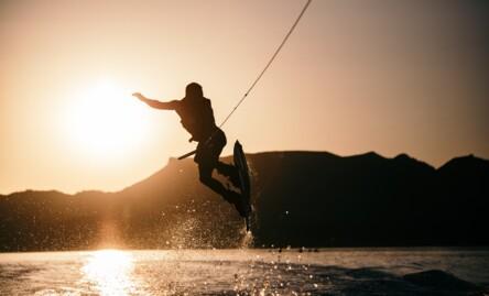 Bon cadeau sports nautiques : activités fun et incontournables!