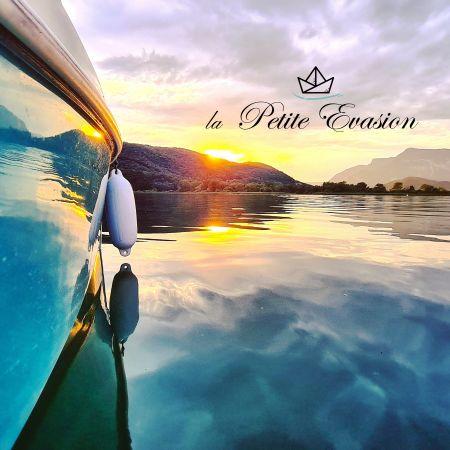 Offrez une Petite Evasion sur le plus Petit Canal de France en direction du Plus Grand Lac Naturel de France!