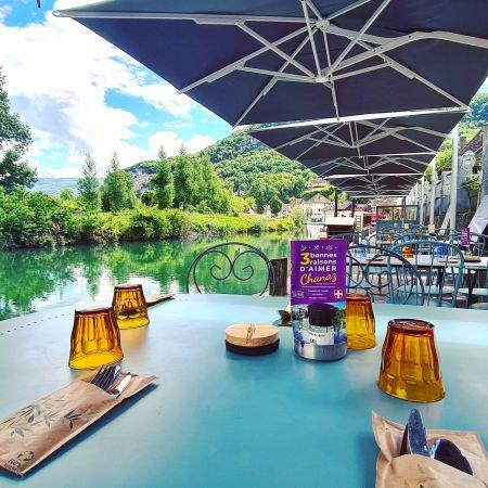 Menu Gourmand, produit locaux au bord du Canal de Savières à Chanaz
