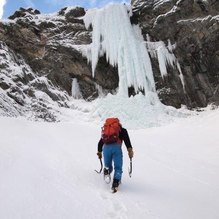 Sortie cascade de glace dans les Aravis