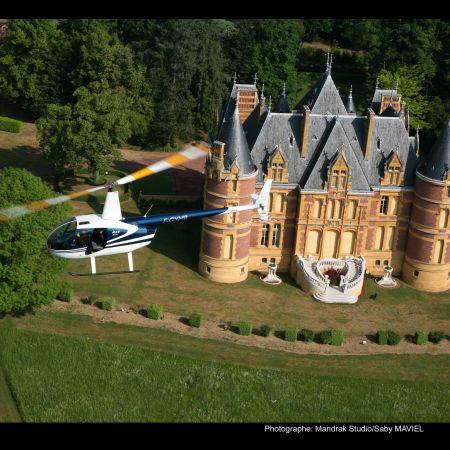 Survol des châteaux du Beaujolais
