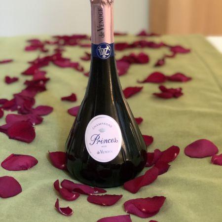 Nuitée romantique et Dégustation Princière