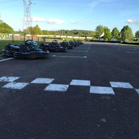 Bon enfant (à partir de 7 ans et plus de 1m25) pour 2 sessions de 10' Kart SODI LR4 120 Cm3