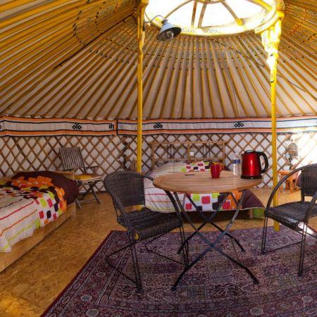 Séjour pour 3 à 5 personnes sous une yourte mongole
