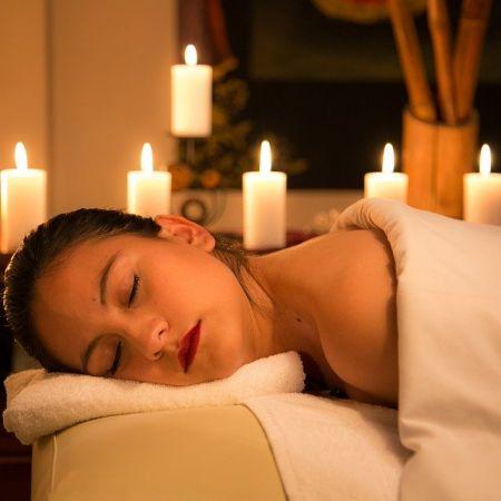 Forfait de 3 massages relaxants (de 45min chacun)