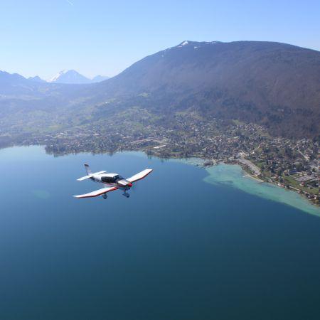 Baptême de l'air en Avion - Circuit lac d'Annecy (20 min)