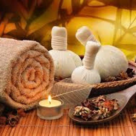 Massage sensoriel au monoï, à la rose ou à l'arnica
