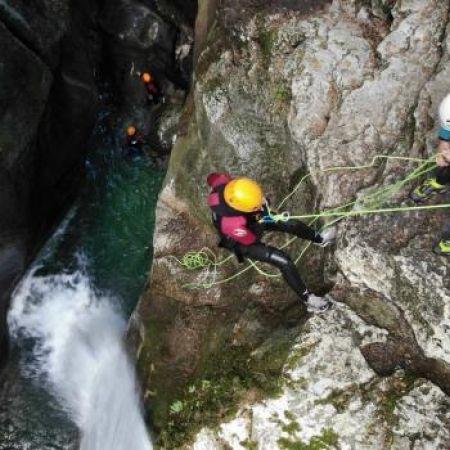 1 place pour 1 descente au canyon du Furon partie haute