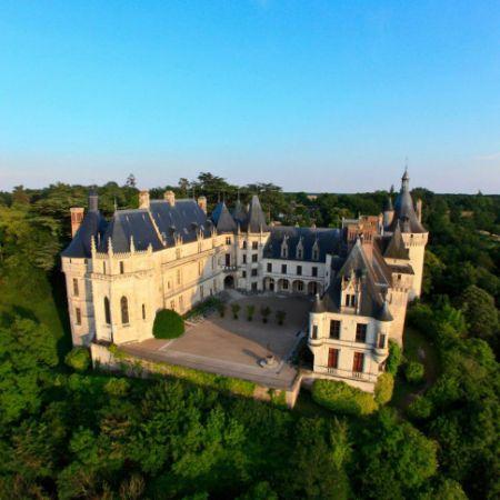 Survol des châteaux de la Loire en avion