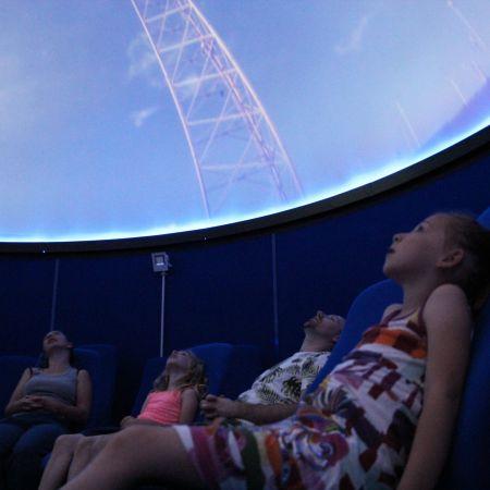 Séance de planétarium à l'Observatoire de la Lèbe