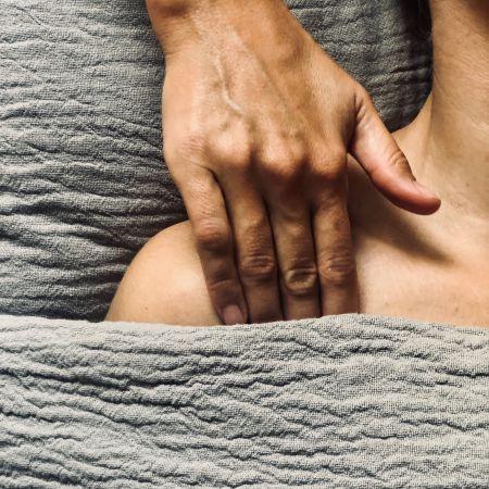 Massage sur Mesure aux Huiles bio - 1h15 pression légère à profonde