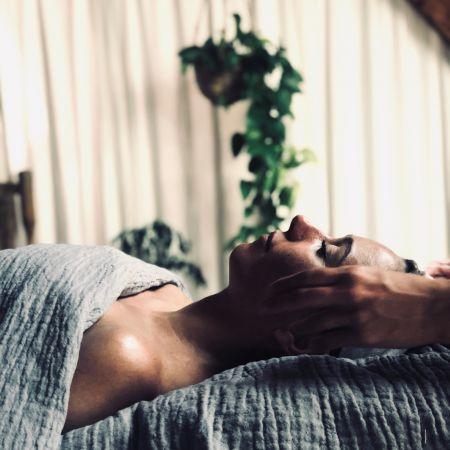 Massage Anti-Age japonais du Visage 1h + Mini Soin TATA HARPER 30 min