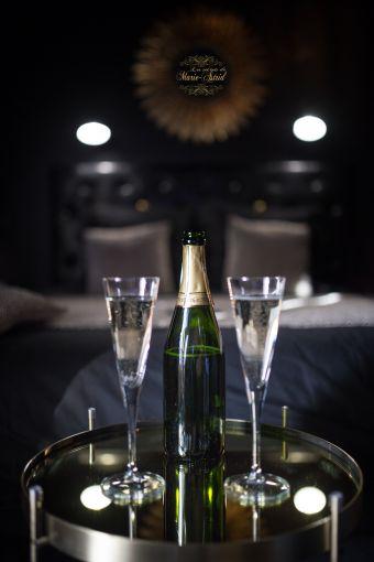Les secrets de Marie-Astrid 1 NUIT avec petits déjeuners & Champagne image 4