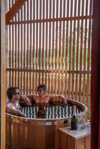 Une nuitée en cabane-spa duo image 3