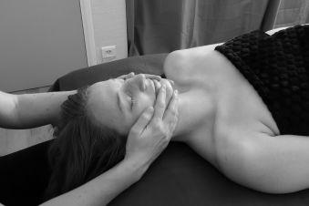 Massage japonais du visage et du crâne - 60mn image 1