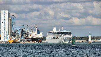 Croisière commentée sur la rade de Lorient, ville aux 5 ports image 3