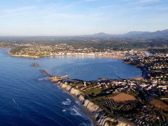 """Vol de 20 mins en paramoteur """"Corniche Basque"""" image 1"""