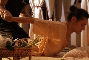 Massage thaïlandais traditionnel 1H30 image 1