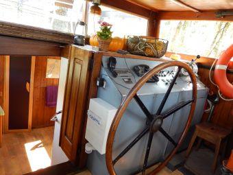 Embarquez pour deux nuitées à bord du Bateau FRIPONNE.... image 1