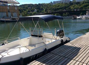Une journée de location d'un bateau avec permis fluvial image 1