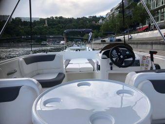 3h de location d'un bateau avec permis fluvial image 1