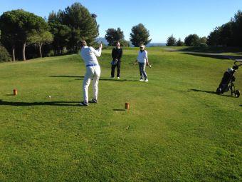 Parcours de golf accompagné - 9 trous pour 2 personnes (green fee non inclus) image 1