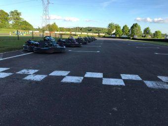 Bon enfant (à partir de 7 ans et plus de 1m25) pour 2 sessions de 10' Kart SODI LR4 120 Cm3 image 1