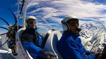 Première leçon de pilotage, une expérience unique en autogire ou en ULM pendulaire face aux Alpes et au Mont Blanc image 3