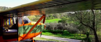 Séjour pour 2 à 5 personnes dans un avion Cessna et sa tour de contrôle image 8