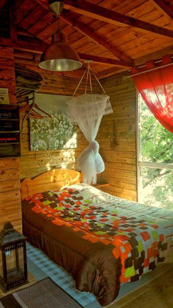 Séjour dans une cabane perchée dans les arbres image 6