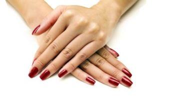 Dépose et pose vernis couleur semi-permanent (45min) image 2