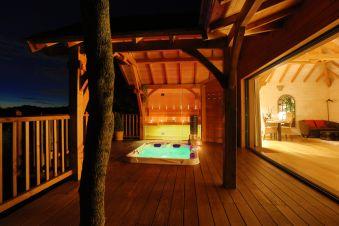 Séjour romantique - Cabane de Prestige avec Jacuzzi et Sauna privatifs image 12