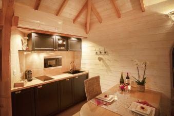 Séjour romantique - Cabane de Prestige avec Jacuzzi et Sauna privatifs image 6