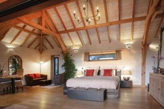 Séjour romantique - Cabane de Prestige avec Jacuzzi et Sauna privatifs image 4