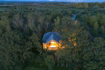 Séjour romantique - Cabane de Prestige avec Jacuzzi et Sauna privatifs image 16