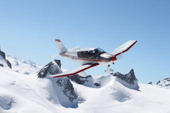 Baptême de l'air en Avion - Circuit Mont-Blanc et Glaciers (60 min) image 1