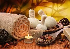 Massage sensoriel au monoï, à la rose ou à l'arnica image 3