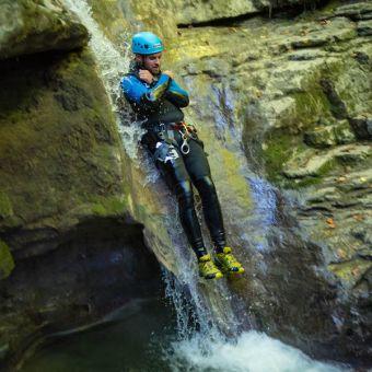 Canyoning Sportif à Montmin image 3