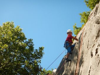 Cours Initiation Escalade en Falaise image 3