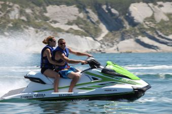 Randonnée jet ski de 2H sans permis bateau (1 ou 2 personnes par machine) image 1