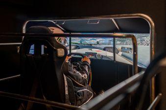 Offre spéciale - 1 session de simulateur auto image 1