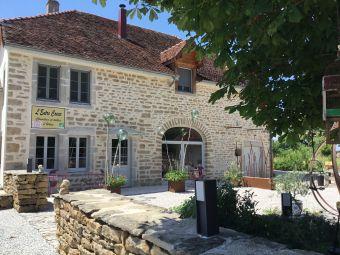 Séjour en chambre d'hôte au coeur du vignoble de Château-chalon chez un paysan vigneron image 17