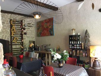 Séjour en chambre d'hôte au coeur du vignoble de Château-chalon chez un paysan vigneron image 4