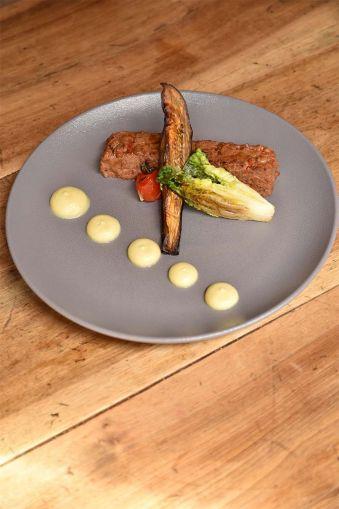 Repas pour deux personnes à la Cantine de Candie image 6