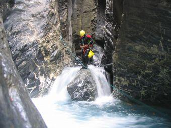 Parcours canyoning Aquatique (demi-journée) image 3