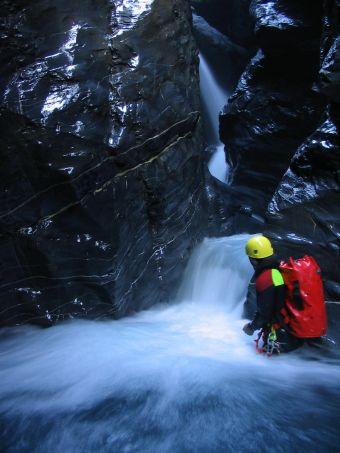 Parcours canyoning Aquatique (demi-journée) image 1