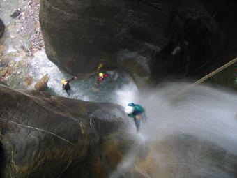 Parcours canyoning Alpin (demi-journée) image 2