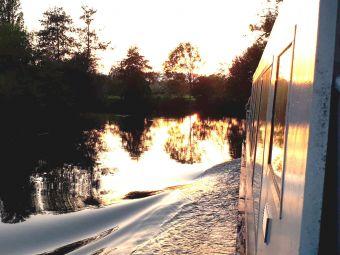 Croisière Lac et Canal avec Menu Nénuphar  - Aix-Les-Bains image 3
