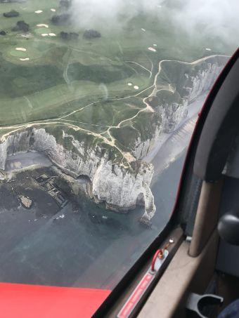 Balade aérienne aux alentours des Jardins d'Étretat image 1